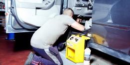 ניקוי וחיטוי מערכת מיזוג אויר לרכב